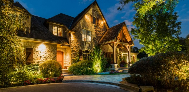 3 Reasons to Install New Landscape Lighting in 2019